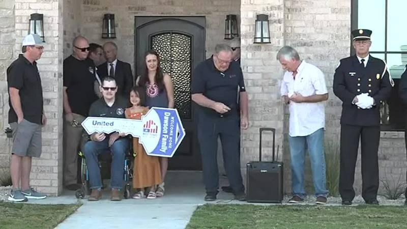 Welcome Home Matt Dawson and family