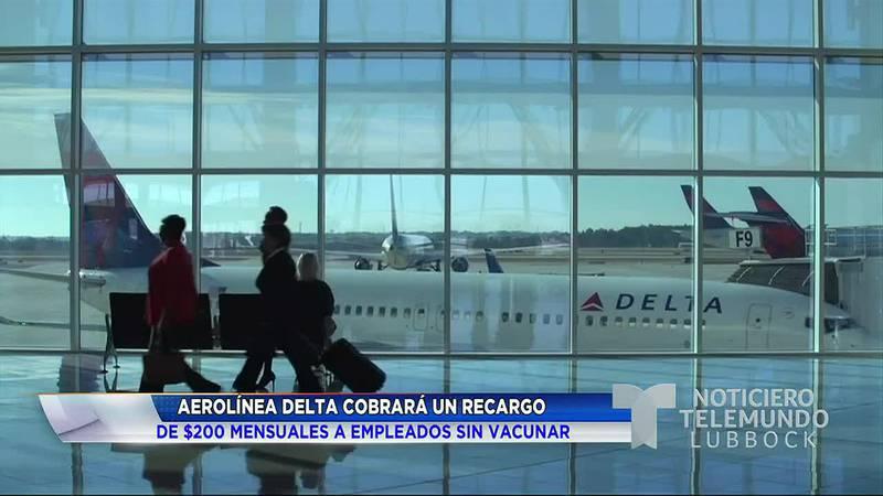 Delta cobrará recargo a empleados sin vacuna contra COVID-19